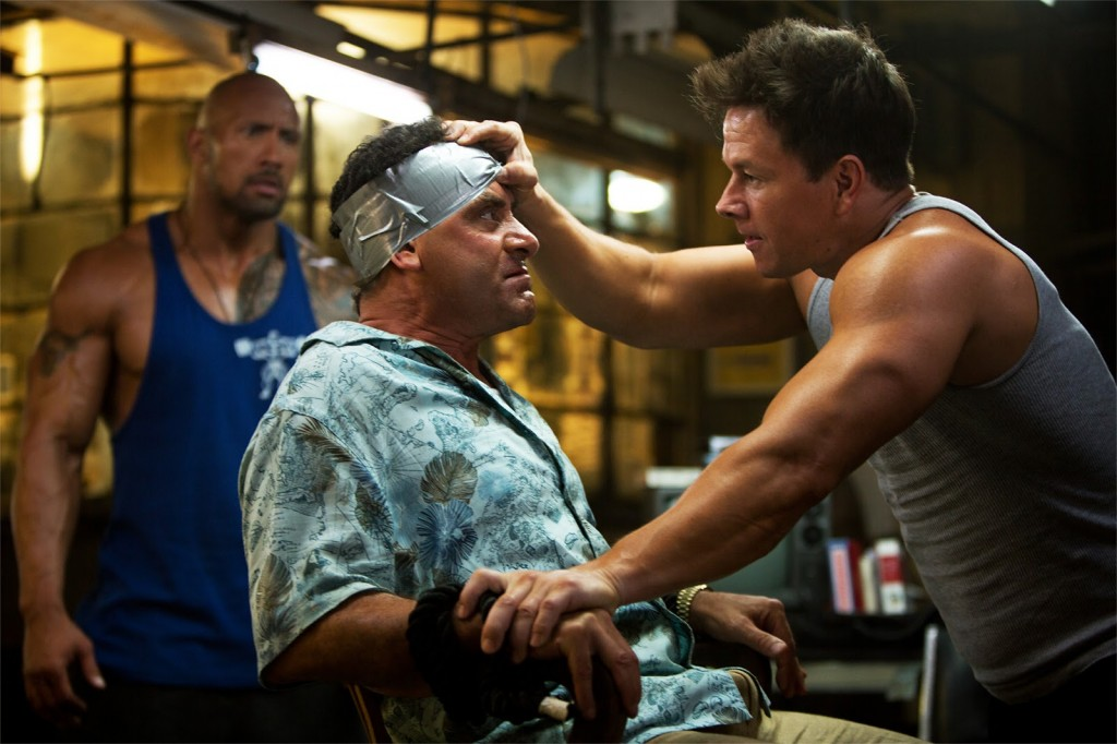 Pain_and_Gain-Michael_Bay-Mark_Wahlberg-Dwayne_Johnson-Anthony_Mackie-003