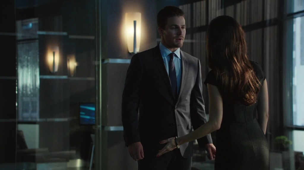 Arrow_2x08_Caps_25