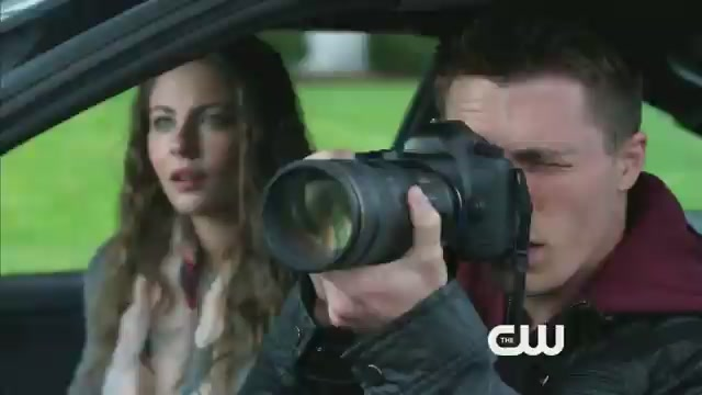 arrow-promo-darkness-on-the-edge-of-town