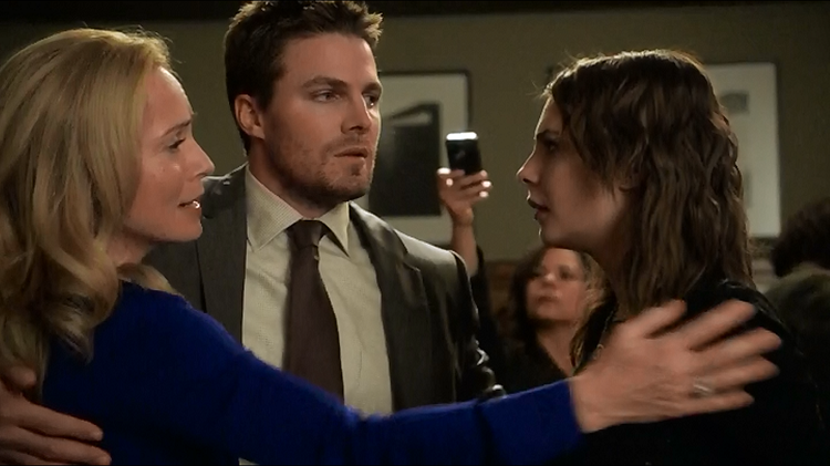 arrow-state-v-queen-pic-5