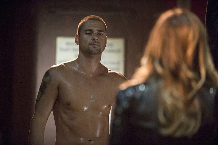 Arrow - Episode 3.03 - Corto Maltese - Promotional Photo