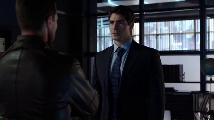 Arrow - S03E17 - Selbstmordneigungen ( Suicidal Tendencies )