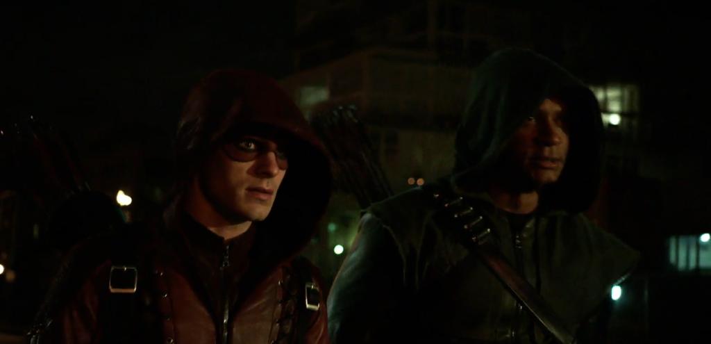 Arrow-s3e10-Roy-Diggle-arrow-suit
