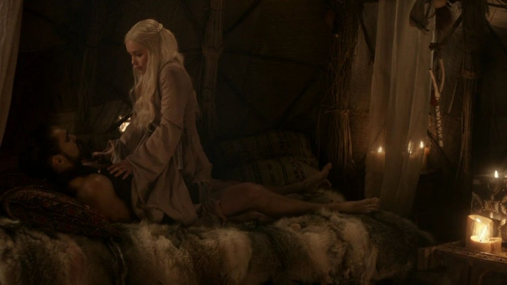 1x02-The-Kingsroad-daenerys-targaryen-25690656-1280-720