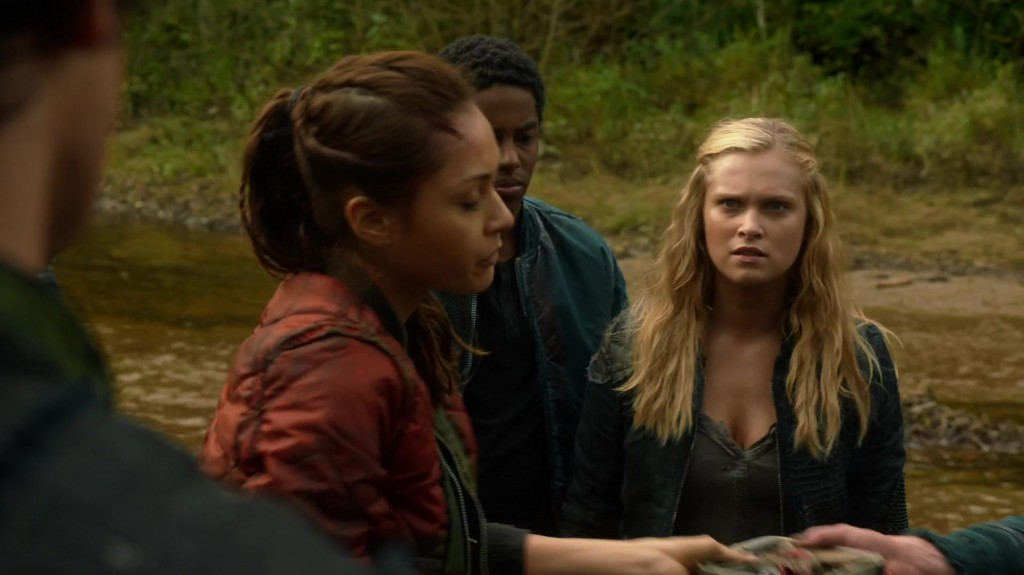 1x05-Twilight-s-Last-Gleaming-bellamy-and-clarke-the-100-37241551-1916-1076