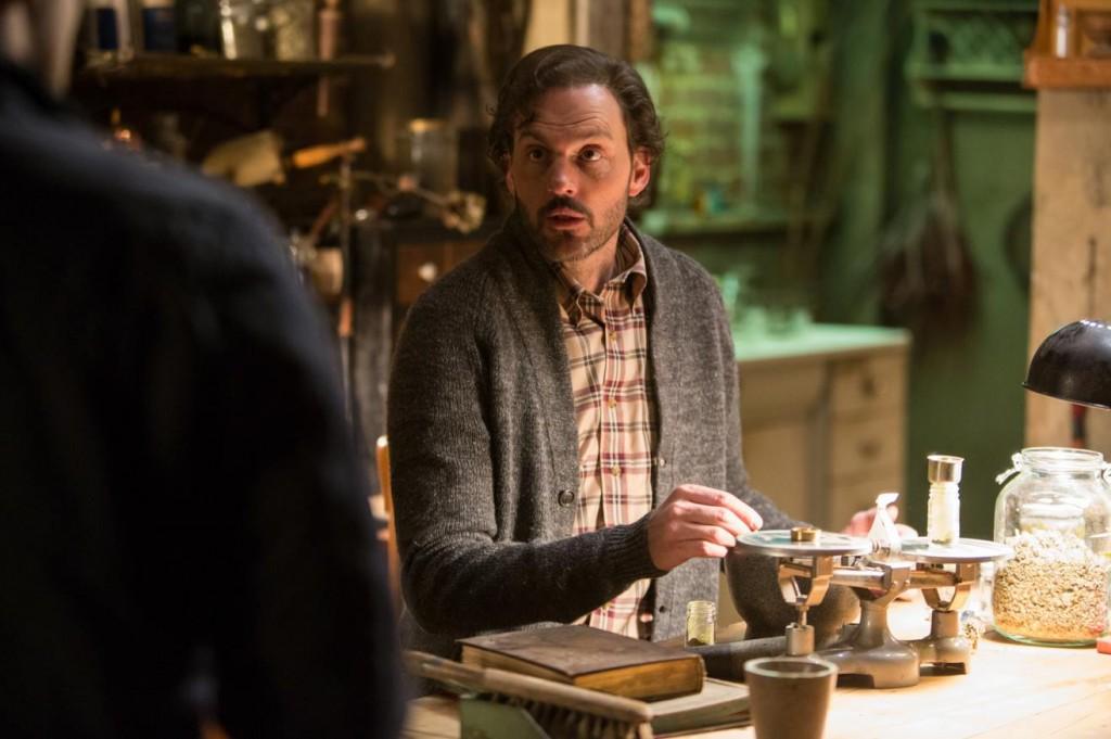 Grimm-Season-3-Episode-10-Recap-Eyes-of-the-Beholder-Monroe