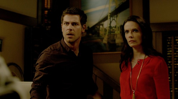 Nick-and-Juliette-are-a-bit-surprised-to-see-Adalind-in-their-house