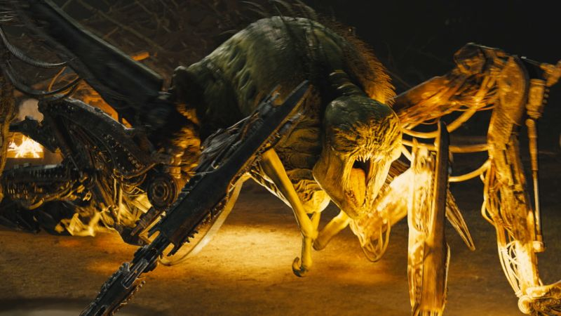 wired_design-fx-the-maze-runner-exclusive-building-the-mechanical-grievers-complex-maze-set
