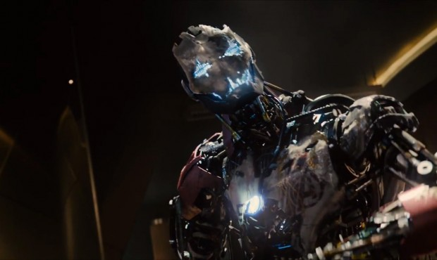 Avengers-Age-of-Ultron-Trailer-1-Ultron-Avengers-Logo-620x370