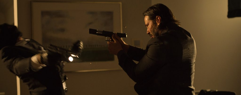 John-Wick-Keanu-Reeves-gunfight