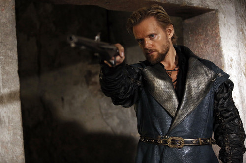 the-musketeers-season-2-episode-6-the-musketeers-bbc-38110475-500-333