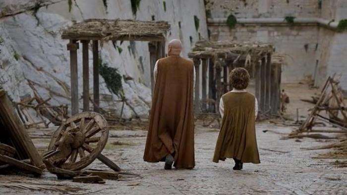 hbo-game-of-thrones-season-6-episode-1-the-red-woman-tyrion-and-varys-walking